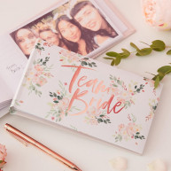 Album team bride floral
