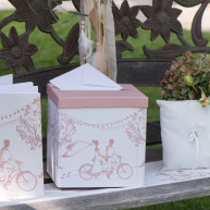Box portabuste l'amour en rose