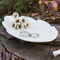WEDDING RING CASE LEAF IN PORCELAIN
